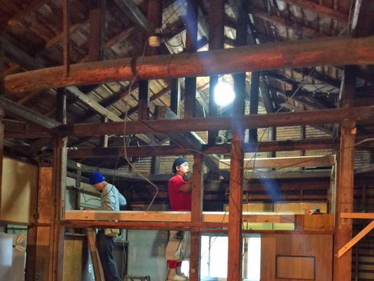 古民家カフェくまから洞の内装工事